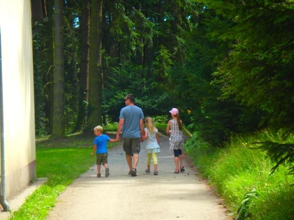 paseando con los niños