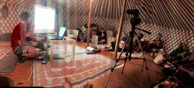 Chara Irabelas en la Yurta